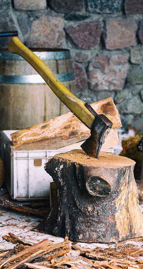 Drewno do wędzenia - korowanie